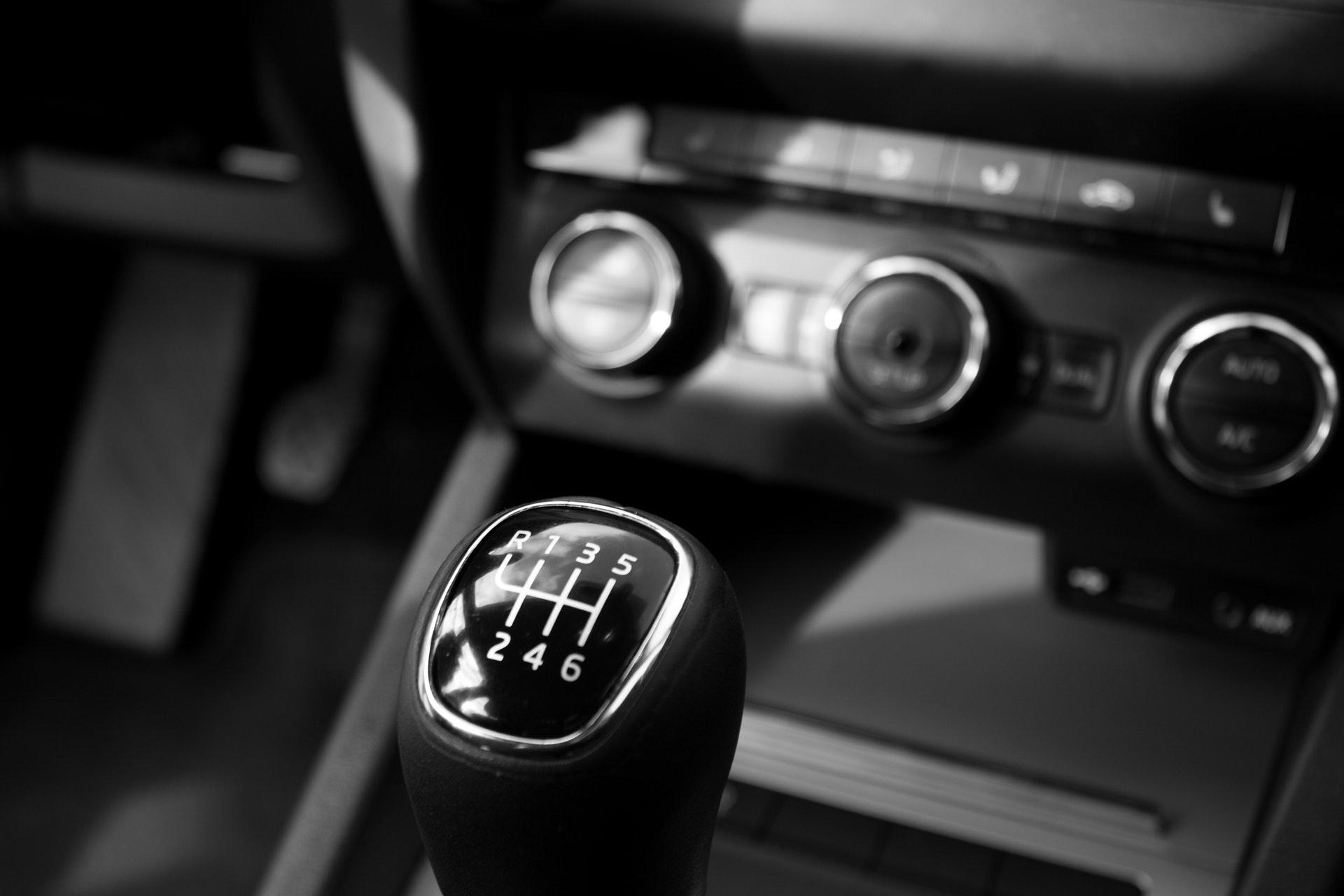 warsztat serwis samochodowy mechanik samochodowy Szarów